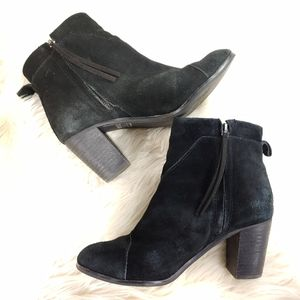 TOMS SUEDE ANKLE BOOT